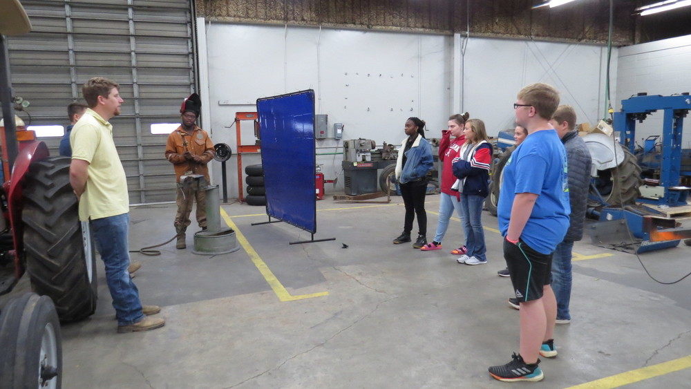 CCHS 7th Graders Tour CCCTC