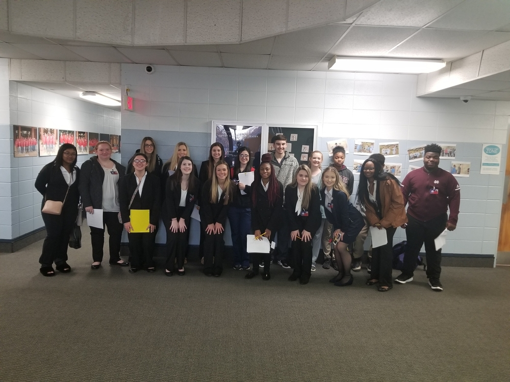 HOSA Students Attend District Conference
