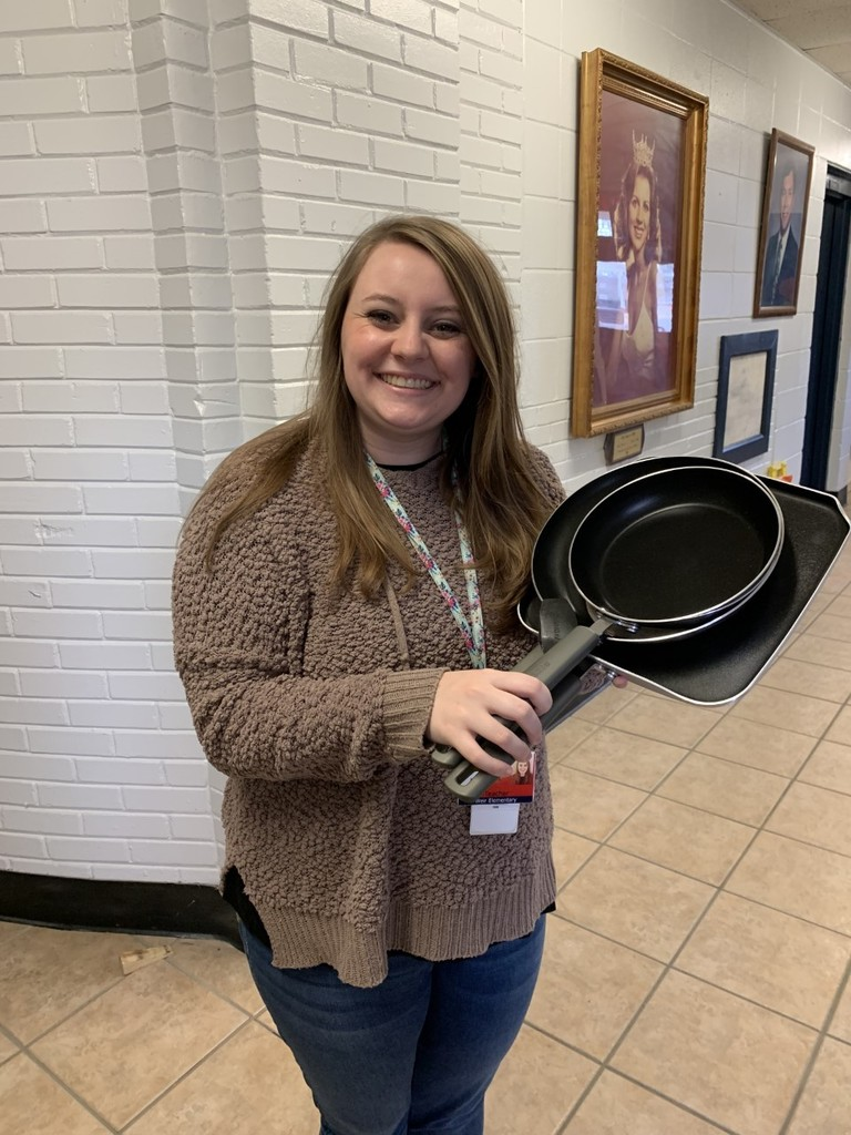 Mrs. Kyla McKnight won the drawing for perfect attendance for the month of February.