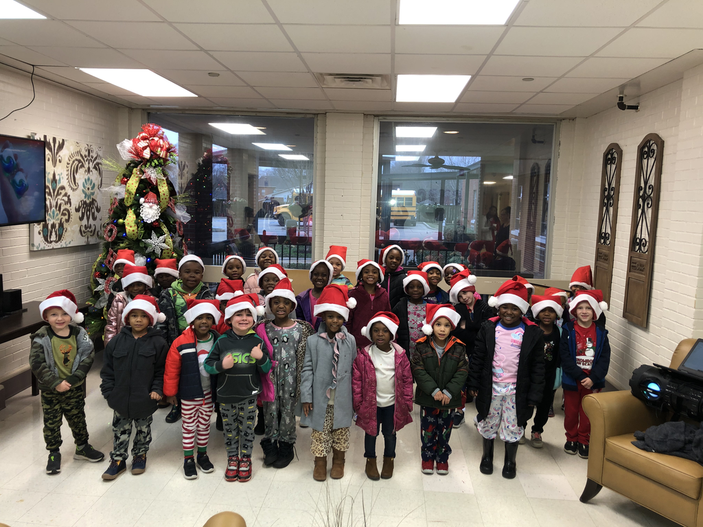 Pre-K and Kindergarten Sing at the Nursing Home