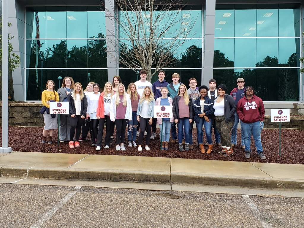 Seniors at the Mississippi Crime Lab.