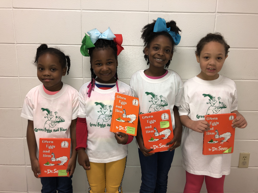 WES Kindergarten students celebrate Dr. Seuss week