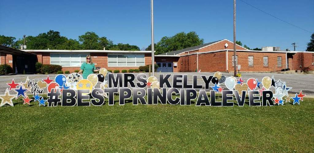 Happy Principal Appreciation Sign